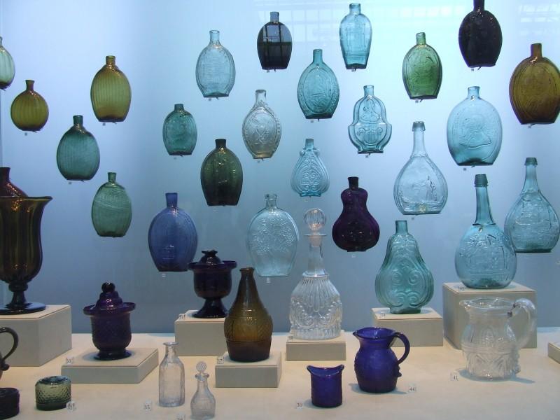 Museum glass